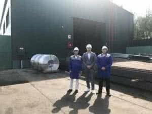 делегация посещает завод